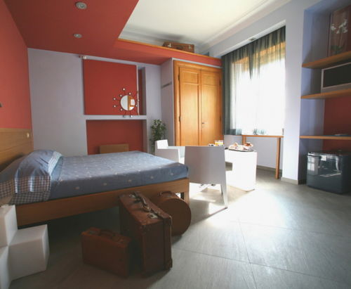 Letto Tra Due Finestre : Camere my guest roma b&b